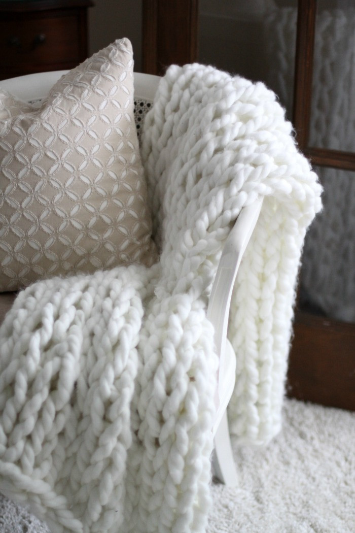 Unique Trendy Diy Chunky Knit Blankets You Need to Make & More Chunky Wool Yarn Blanket Of Great 47 Images Chunky Wool Yarn Blanket