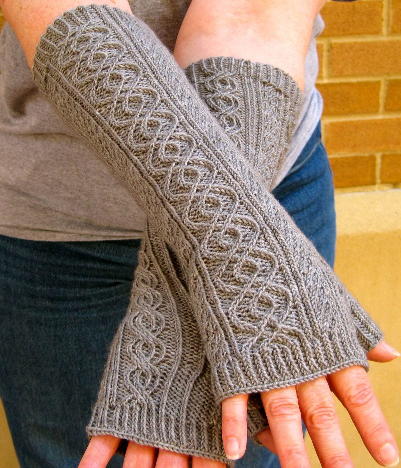 Unique Twisty Mitts Knitting Patterns Knitted Fingerless Mittens Of Luxury 48 Images Knitted Fingerless Mittens