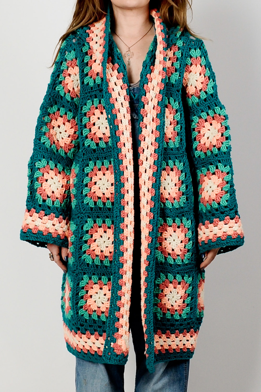 vintage 70s hooded granny square