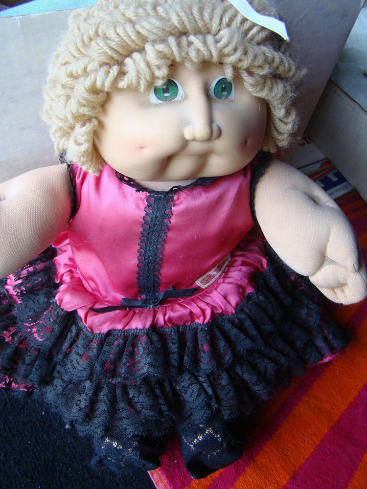 Vintage Original Cabbage Patch Doll Girl Light Brown Hair
