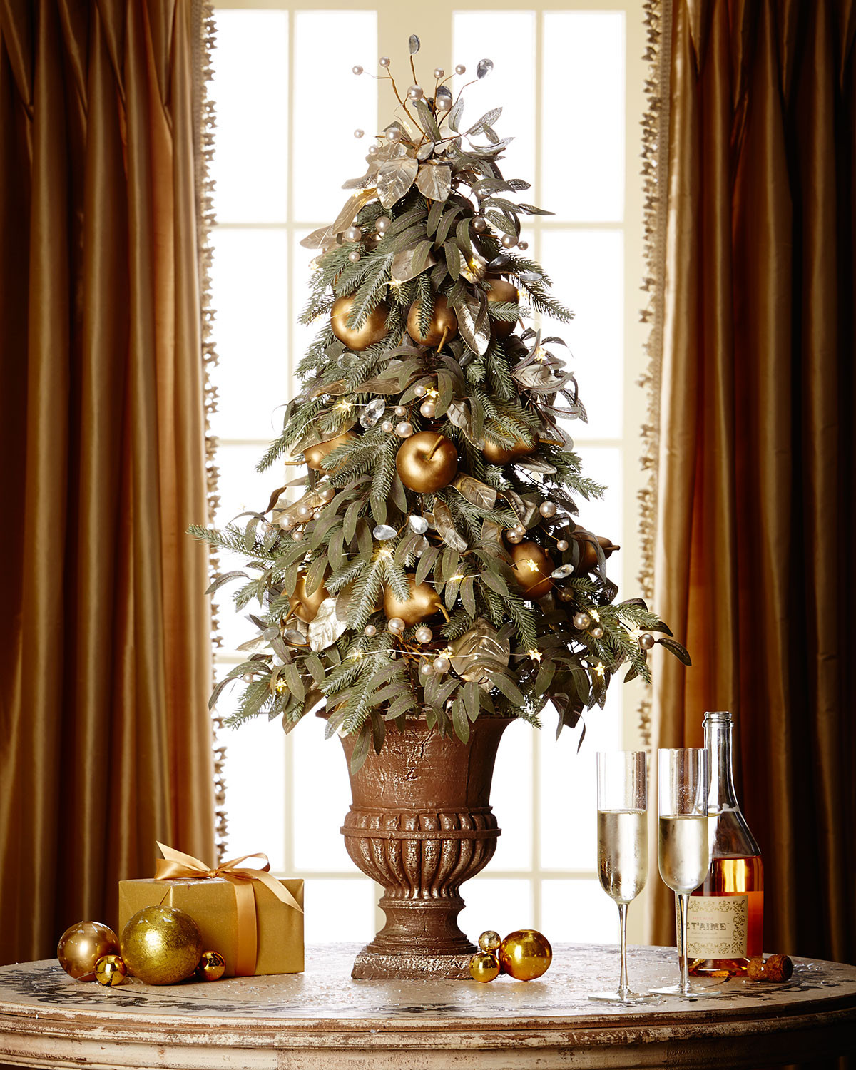 Unusual Christmas Decorations Fresh Fresh and Modern Furniture Design Ideas Traditional and Of Delightful 42 Pictures Unusual Christmas Decorations