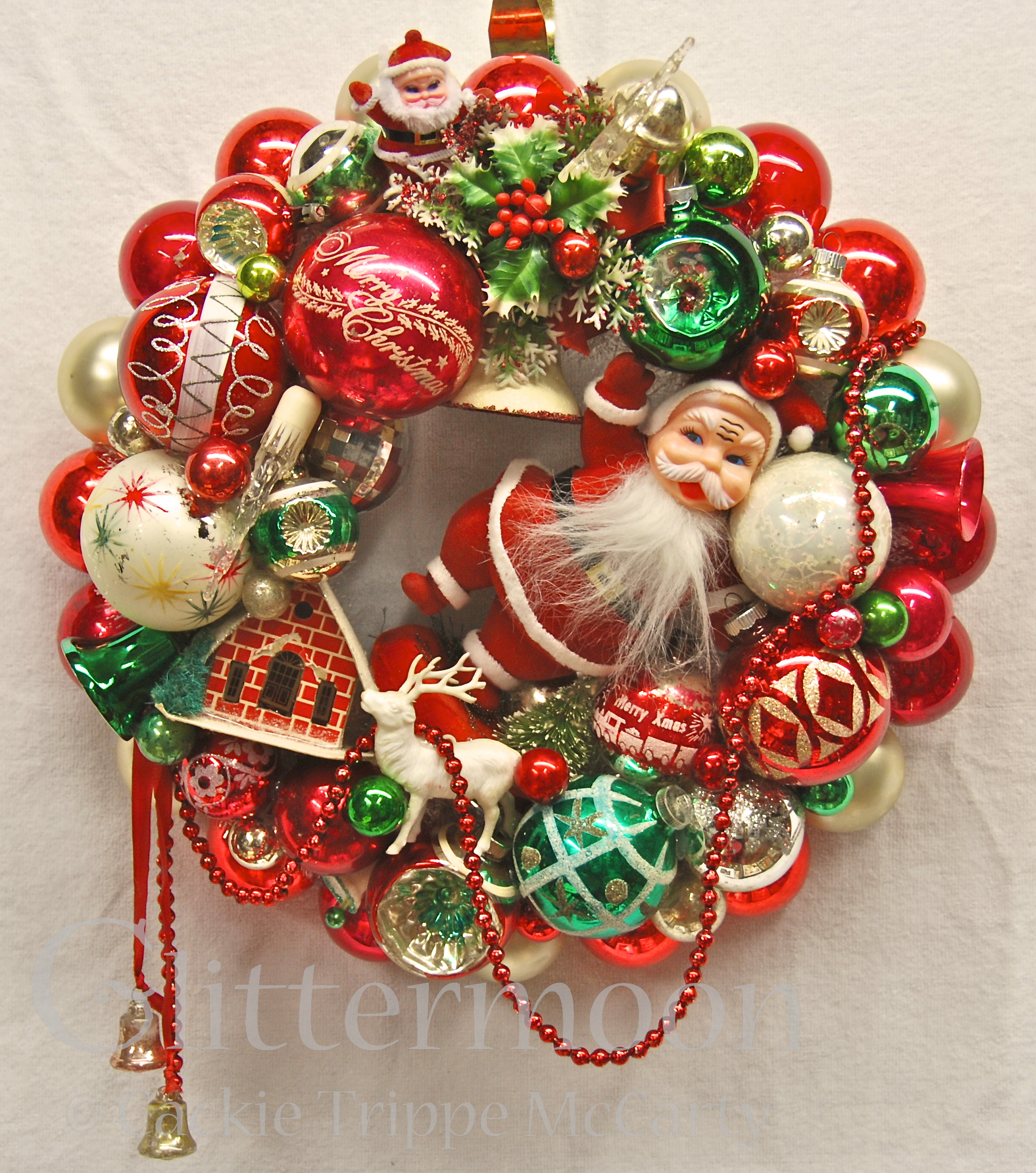Vintage Christmas ornaments Lovely Santa's Greeting Wreath – Glittermoon Vintage Christmas Of Lovely 43 Images Vintage Christmas ornaments