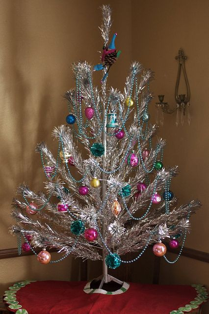 Vintage Christmas Tree New 1000 Images About Aluminum Christmas Trees On Pinterest Of Luxury 47 Pictures Vintage Christmas Tree