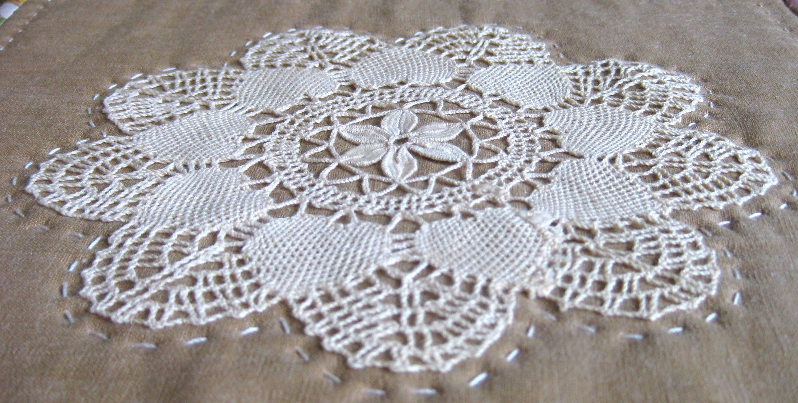 Vintage Doilies Beautiful Pieceful Life Little Quilt Monday Vintage Doily Mini Quilt Of Superb 47 Images Vintage Doilies