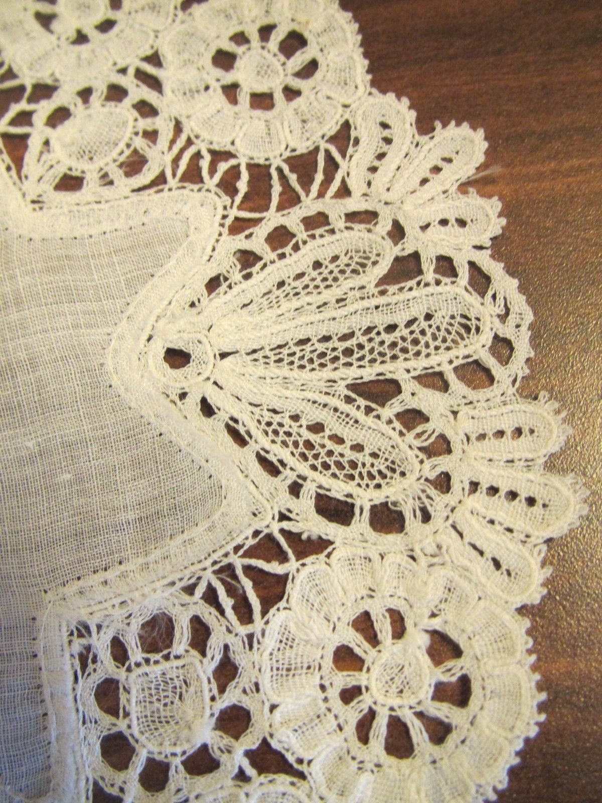 Vintage Doilies New Antique Brussels Duchess Lace Doilies Handmade Bobbin Of Superb 47 Images Vintage Doilies
