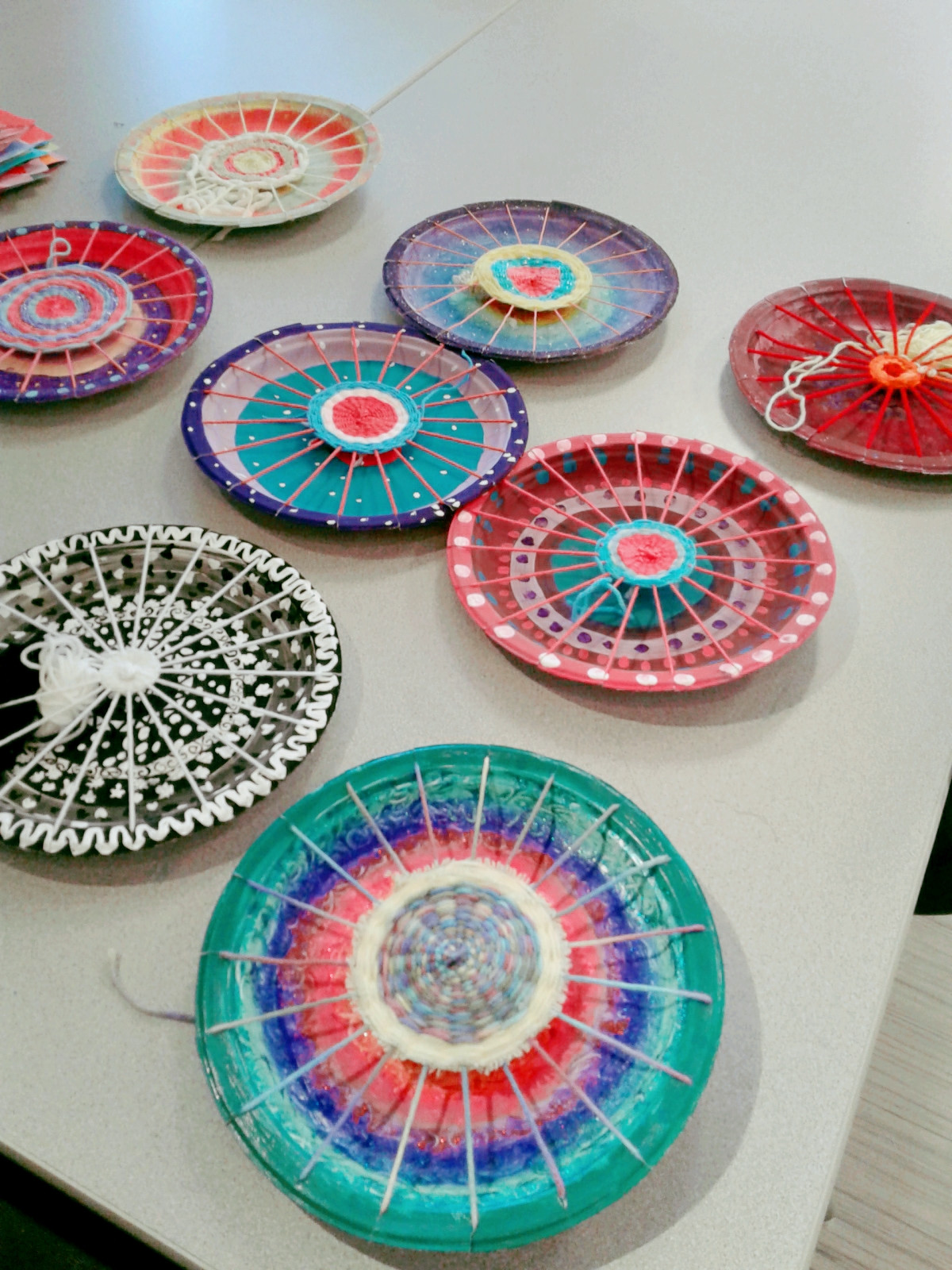 Weaving Yarn Inspirational A Faithful attempt Painted Paper Plate Yarn Weaving Of Great 41 Images Weaving Yarn