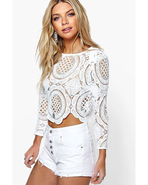 Boohoo Holly Crochet Lace Zip Back Crop Top in White