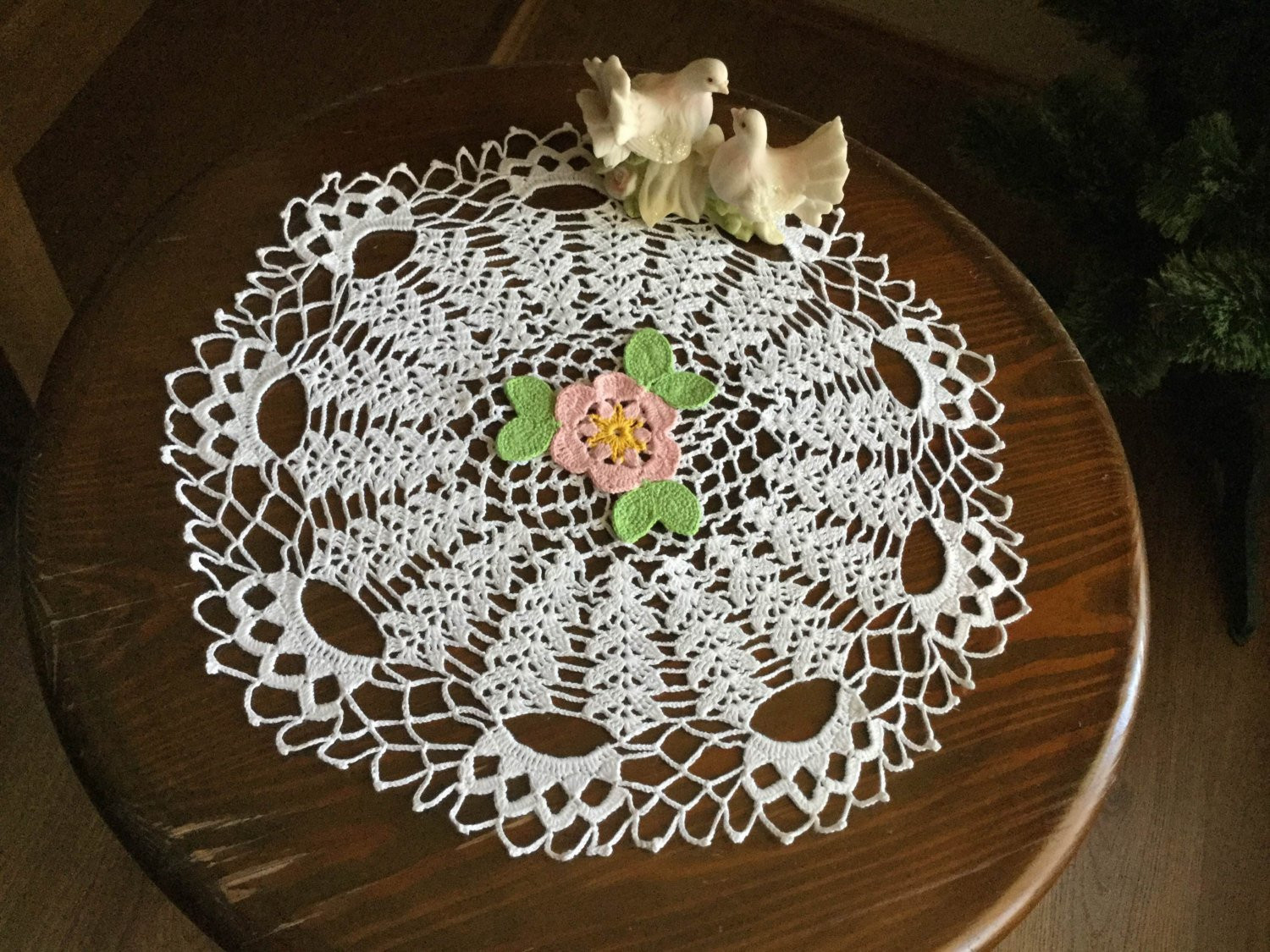 White Doilies Elegant White Crochet Lace Doily Floral Mat Modern Table topper Round Of Awesome 41 Photos White Doilies
