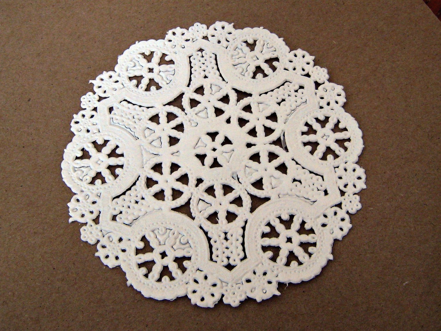 White Paper Doilies Awesome White Doilies Round Paper Royal 4 Inch Of Amazing 42 Models White Paper Doilies