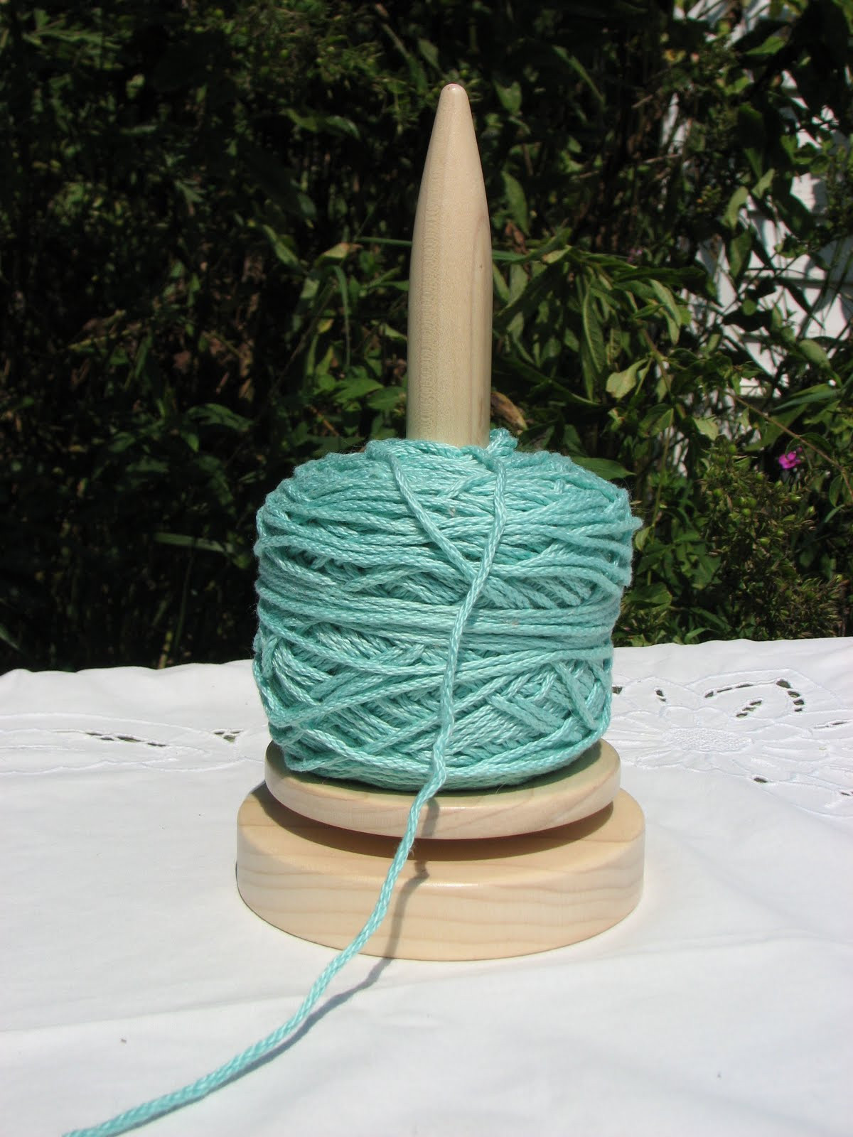 Yarns With A Twist Yarn Winder